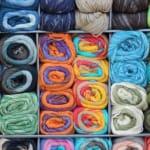 衣服の素材、綿織物・ボタン